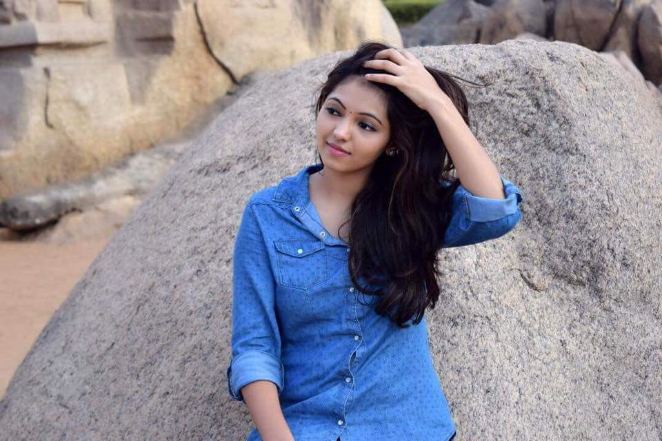 Athulya, Athulya Age, Athulya Height, Athulya Weight, Athulya Wiki, Athulya Biography, Athulya Photos, Athulya Stills, Athulya Images, Athulya Caste, Celebrity Biography, Wiki