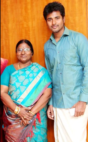 Sivakarthikeyan Mother Raji Doss