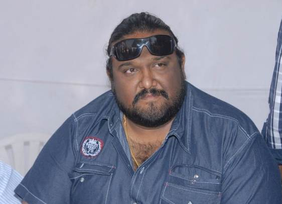 Siva, Siva Director, Siva Age, Siva Wiki, Siva Biography, Siva Height, Siva Weight, Siva DOB, Siva Family, Siva Wife, Siruthai Siva, Siruthai Siva Wiki, Biography