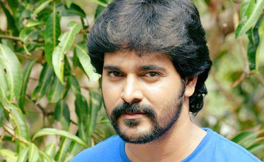 Srinish Aravind bigg boss malayalam vote