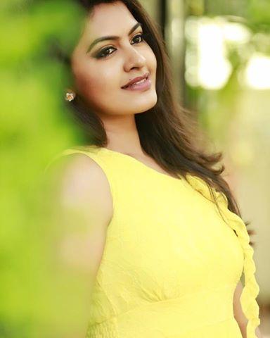 Actress Rachitha Age