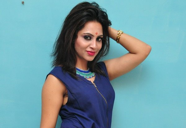 Arshi Khan Biography