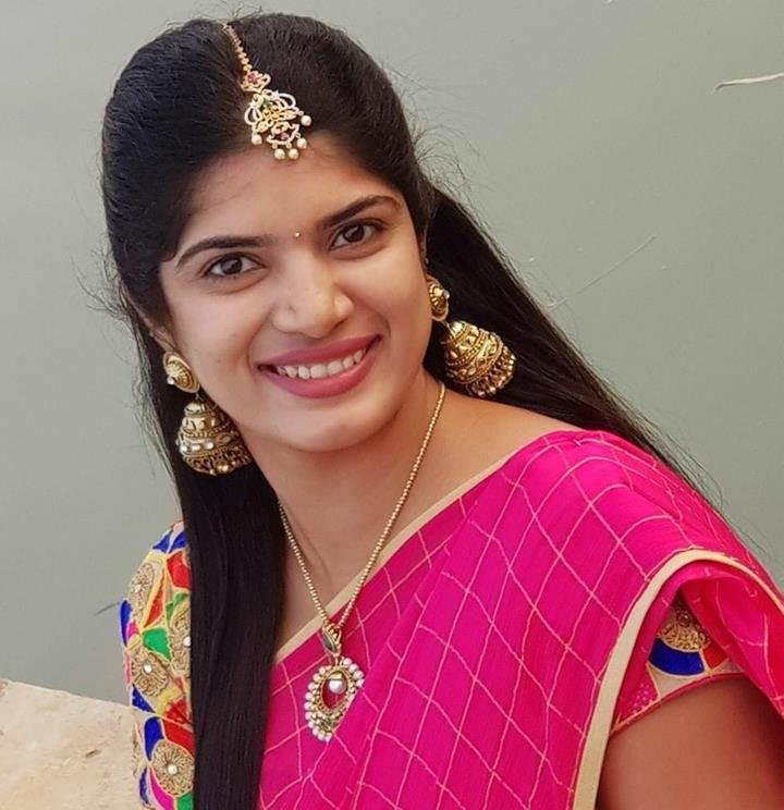 Bigg Boss Deepti Nallamothu