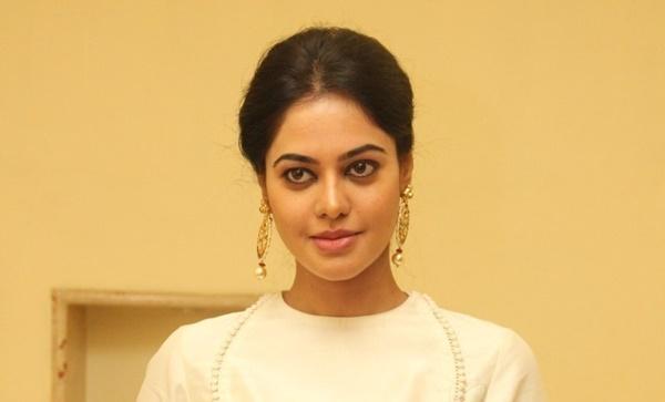 Bindu Madhavi Biography