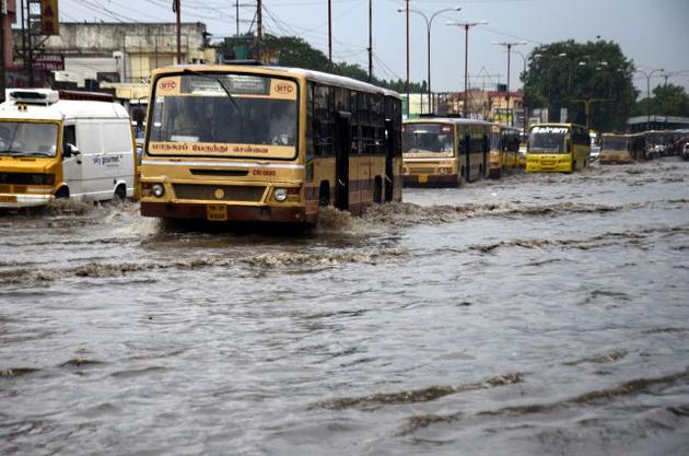 Chennai Rains 2015 : The capital city of tamil nadu, Chennai heavy affected by rain floods for past 15 days. Bikes, cars and buses can be seen floating, schools and colleges have been shutdown, and all lakes, ponds over flows into housing area. December 1, 2015 : Chennai has always enjoyed a reputation as one of the four biggest cities in the country, with a population of 4.3 million. While roads seemed to hold on the first day of rains, by tuesday morning, Chembarabakkam, Patravakkam, Ambattur, Koyambedu, Anna Nagar, Thillai Ganga Nagar and Vadapalani areas reported severe flooding and traffic-jams. Additionally, news has come in of Mandaveli, Nanganallur, West Mambalam, Kilpauk, Anna Nagar, Tambaram and Chromepet areas facing power-cuts for 12 hours or longer. We take a look at 10 videos which sum up the horror that is Tamil Nadu rains. These images were shared by locals on Twitter and other social media platforms. Please note that all images have been crowd-sourced from social media portals.