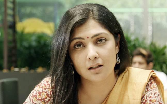 Kamalinee Mukherjee Iraivi Heroine