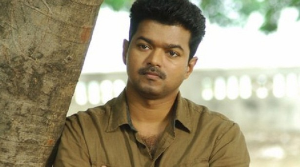 Vijay Kaththi 100 crore Club movie