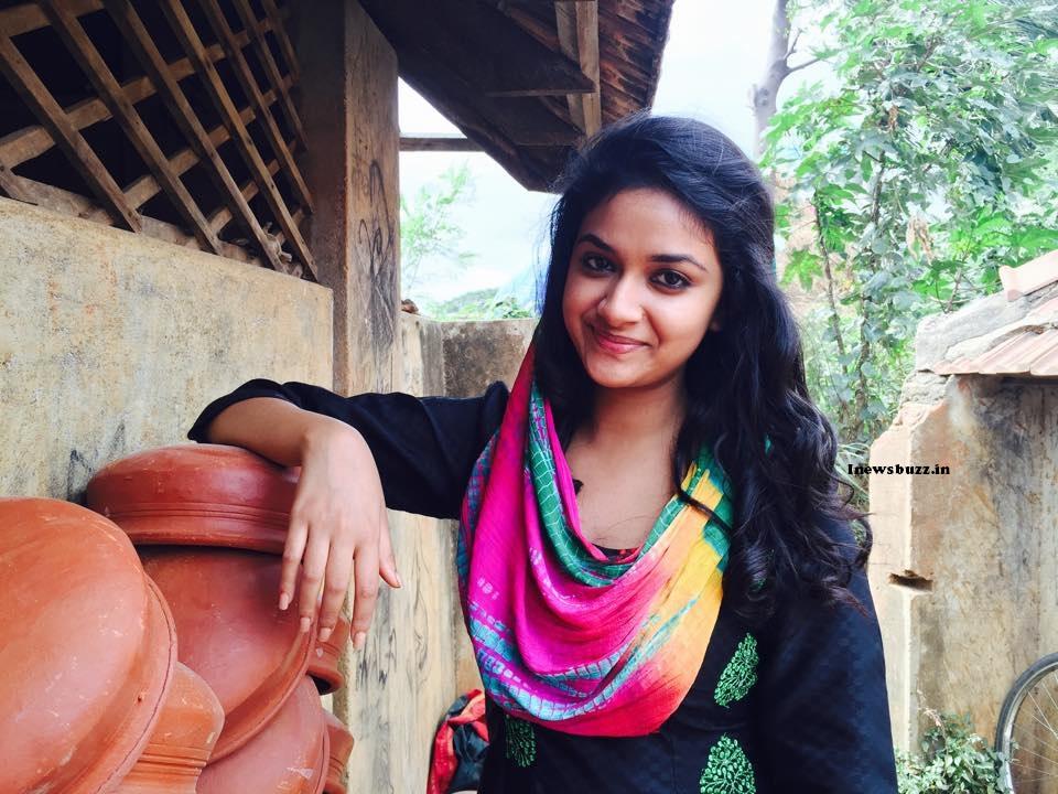 keerthy suresh biography wiki age actress keerthy suresh facebook