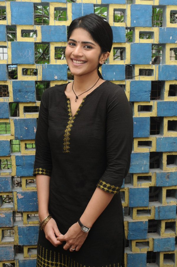 Megha Akash Wiki Age Biography Details