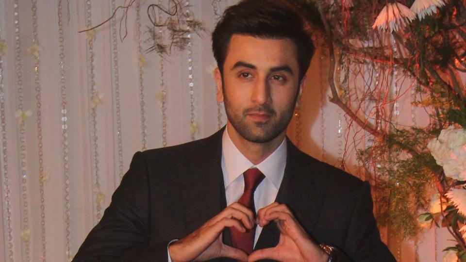 Ranbir Kapoor, Ranbir Kapoor Wiki, Ranbir Kapoor Age, Ranbir Kapoor Height, Ranbir Kapoor Weight, Ranbir Kapoor Movies, Ranbir Kapoor Facts, Ranbir Kapoor Biography, Ranbir Kapoor Family, Ranbir Kapoor Girlfriend, Biography