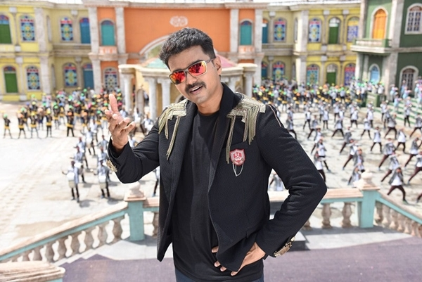 Theri Box Office Collection Report Opening Day
