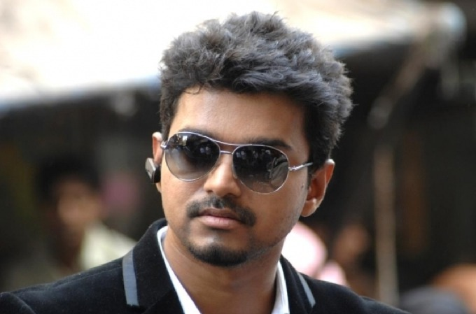 Vijay Thuppakki 100 crore Club movie