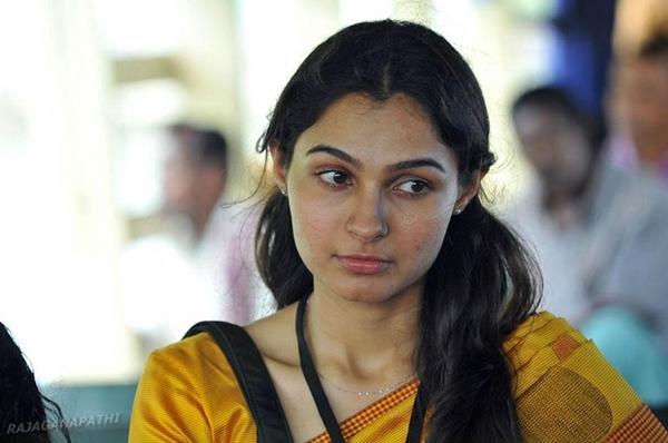 Vada Chennai Movie Heroine Name